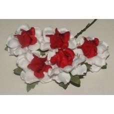 Розы,3,7см, длина стебля 5см (5шт)